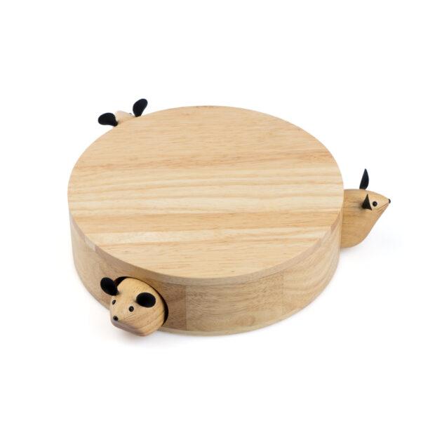 Ένα πρωτότυπο σετ τυριών για το τραπέζι σας. Το σετ περιλαμβάνει 3 εργαλεία και πλάκα κοπής και σερβιρίσματος τυριών. Κατασκευασμένα από ξύλο και ανοξείδωτο ατσάλι Τα εργαλεία συγκρατούνται μαγνητικά στη βάση. Διαστάσεις σετ: Μ24.5 x Π24.5 x Υ6.5 εκ.