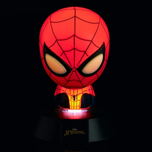 Φωτιστικό Spiderman by Paladone  3D mini icon light Spiderman By Paladone.  Ideal for Kids Bedrooms, Office & Home. Get your hands on this fun Spider-Man Icon Light and have your favourite superhero by your bedside at all times to keep you safe and sound. Dimensions 8 x 8 x 11 cm